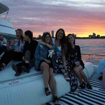 Chicago party boat yachts for rent