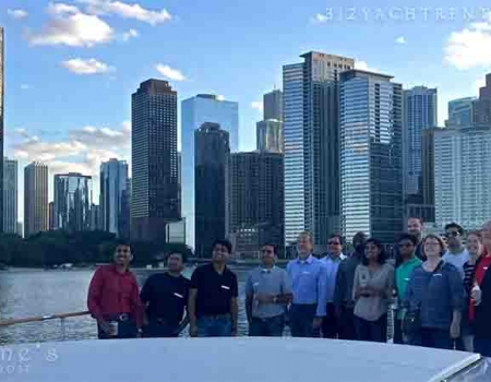 Costs on renting a yacht Chicago small yacht pricing for special private parties with crew