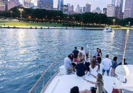 Chicago-Private-Yacht-Rentals-DCS08-2