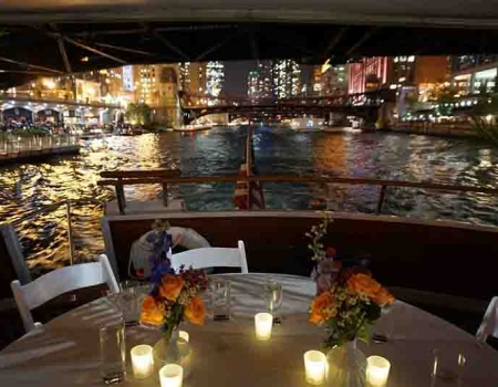 Best Chicago River dinner cruises and lakefront dinner cruise on Lake Michigan