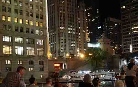 Chicago private dinner cruise's on the Chicago river with private Architectural river tours