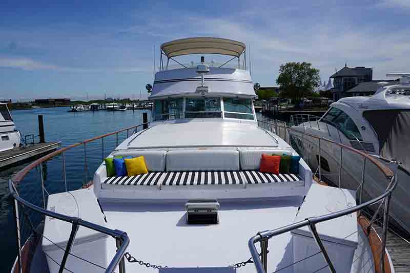 Chicago Private Yacht Rentals Chicago Private Yacht