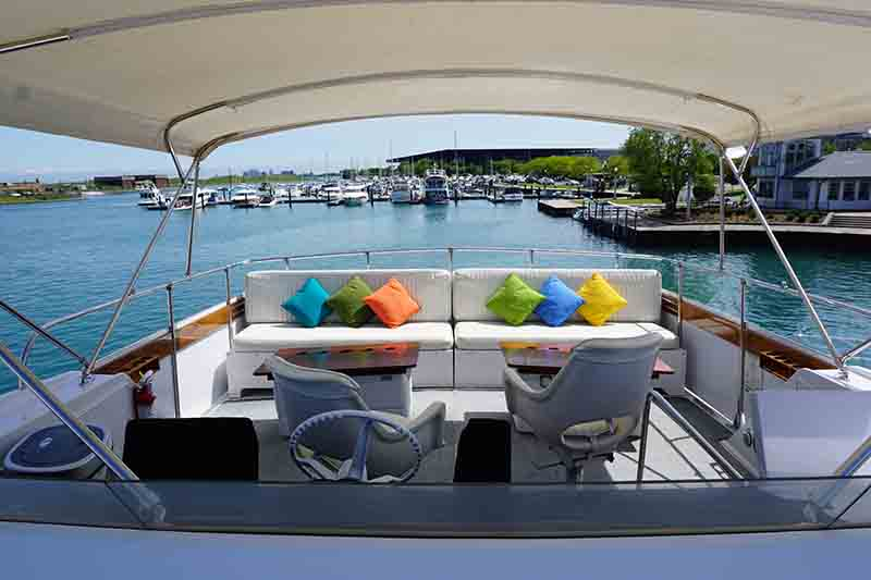 The gallery for --> Private Yacht Deck