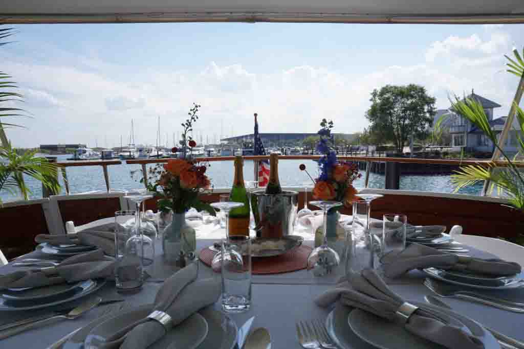 first mate services catering table setting