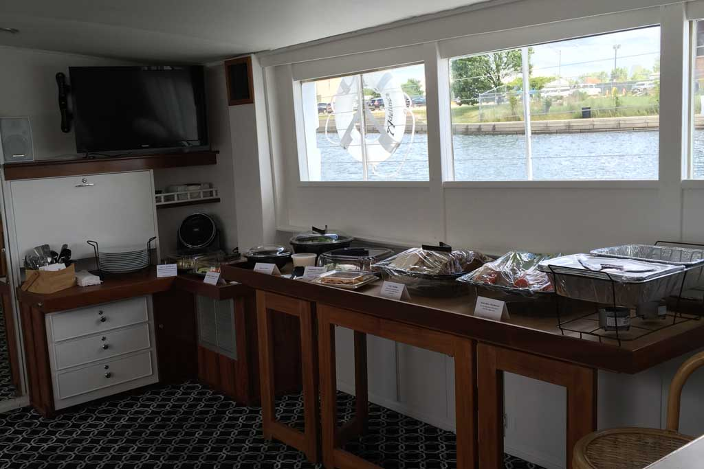 First Mate Delicous Food Catering