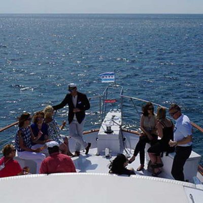 Chicago Private Yacht Rentals, Lake Crossings and Casino Cruises