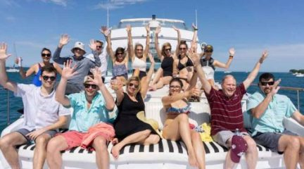Chicago Private Yacht Rentals Lake Michigan Yacht Charters