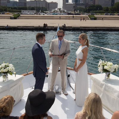Chicago private yacht rentals for wedding ceremonies and anniversaries