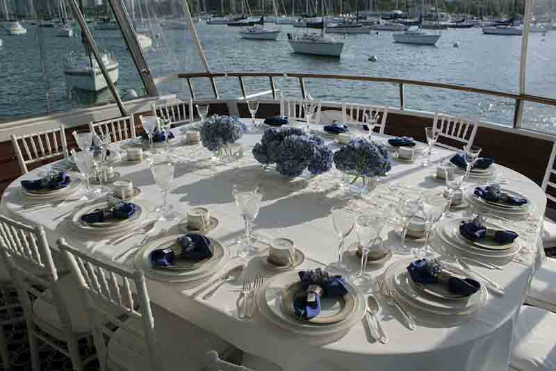 Chicago Private Yacht Rentals private dinner parties on a yacht