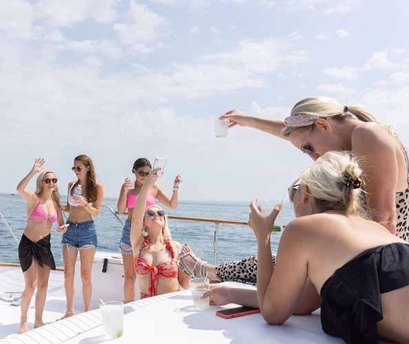 Chicago private yacht rentals Bachelorette and Bachelor party