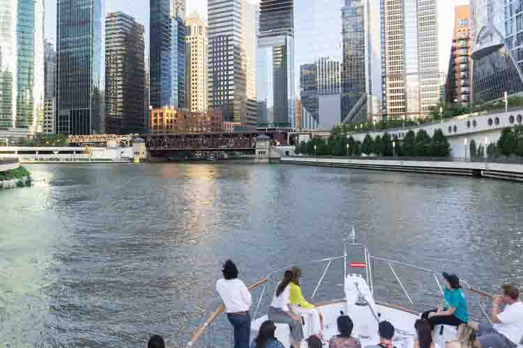 Chicago private yacht rentals Chicago River tours