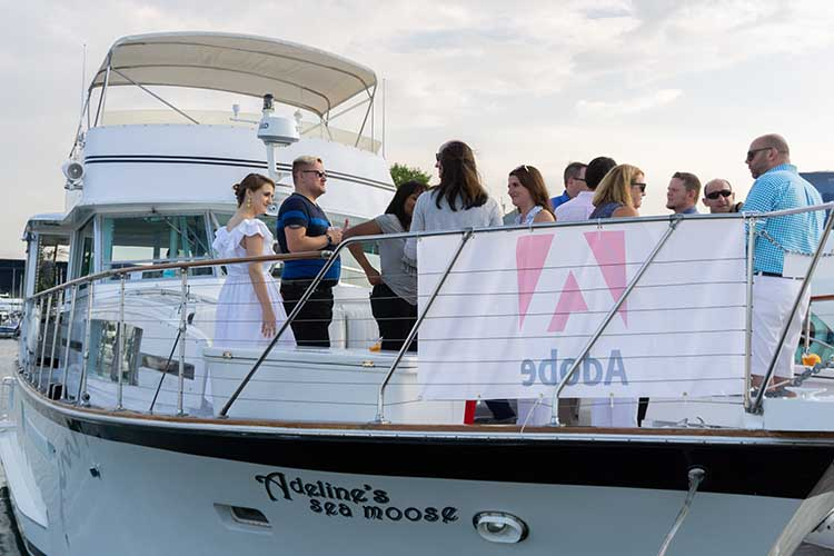 Chicago private yacht rentals corporate events