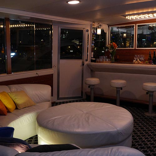 Chicago private yacht rentals for wedding honeymoons