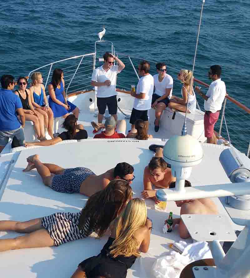 Chicago Private Yacht Rentals celebration and celebrity cruises