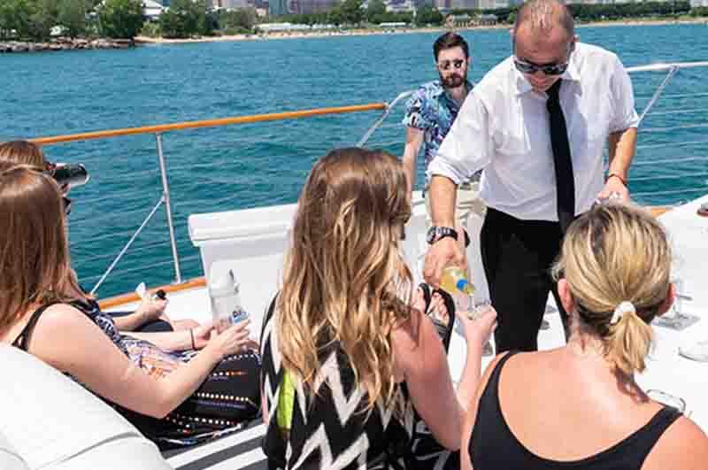 A premium private Chicago booze cruises