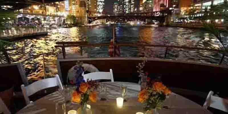 Exclusive twilight dinner cruises In Chicago