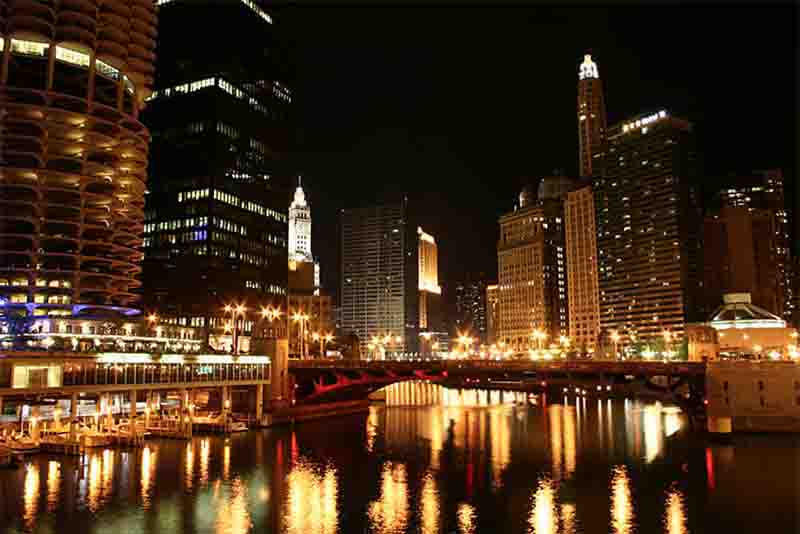 First class private late night boat tours