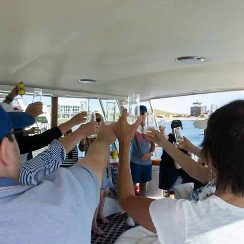 Chicago private yacht rentals dockside entertaining