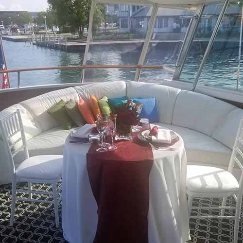 Chicago private yacht rentals private dining and dinner party charters