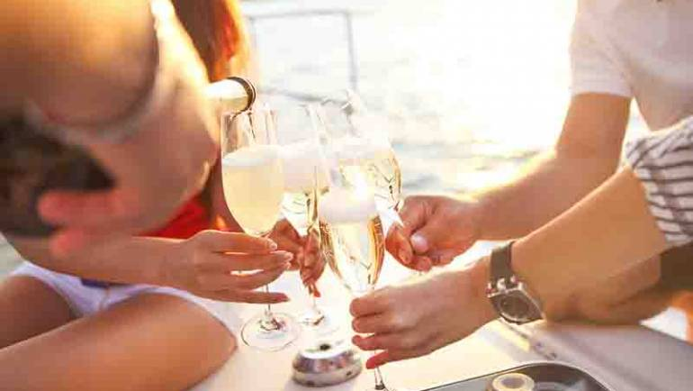 All Aboard!: 5 Reasons Why You Should Host Your Birthday Party on a Yacht