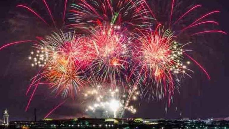 Navy Pier Adds Two Fall Fireworks Shows