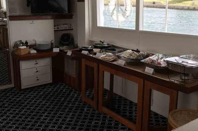 first mate service catering buffet